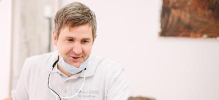 Praxisinhaber, Tätigkeitsschwerpunkte in prothetischer und ästhetischer Zahnmedizin